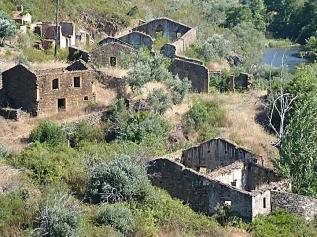 fig.7 - área abandonada da Beira Interior