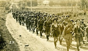 Wellington-New-Zealand-soldiers-marching-to-war